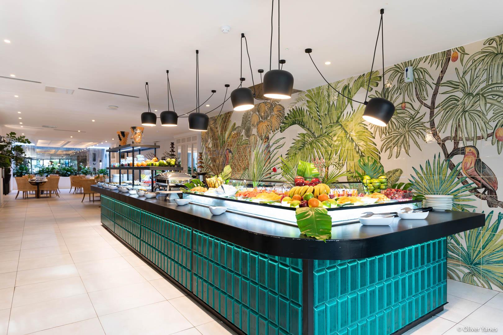 Bufete Hotel Jardín Tropical