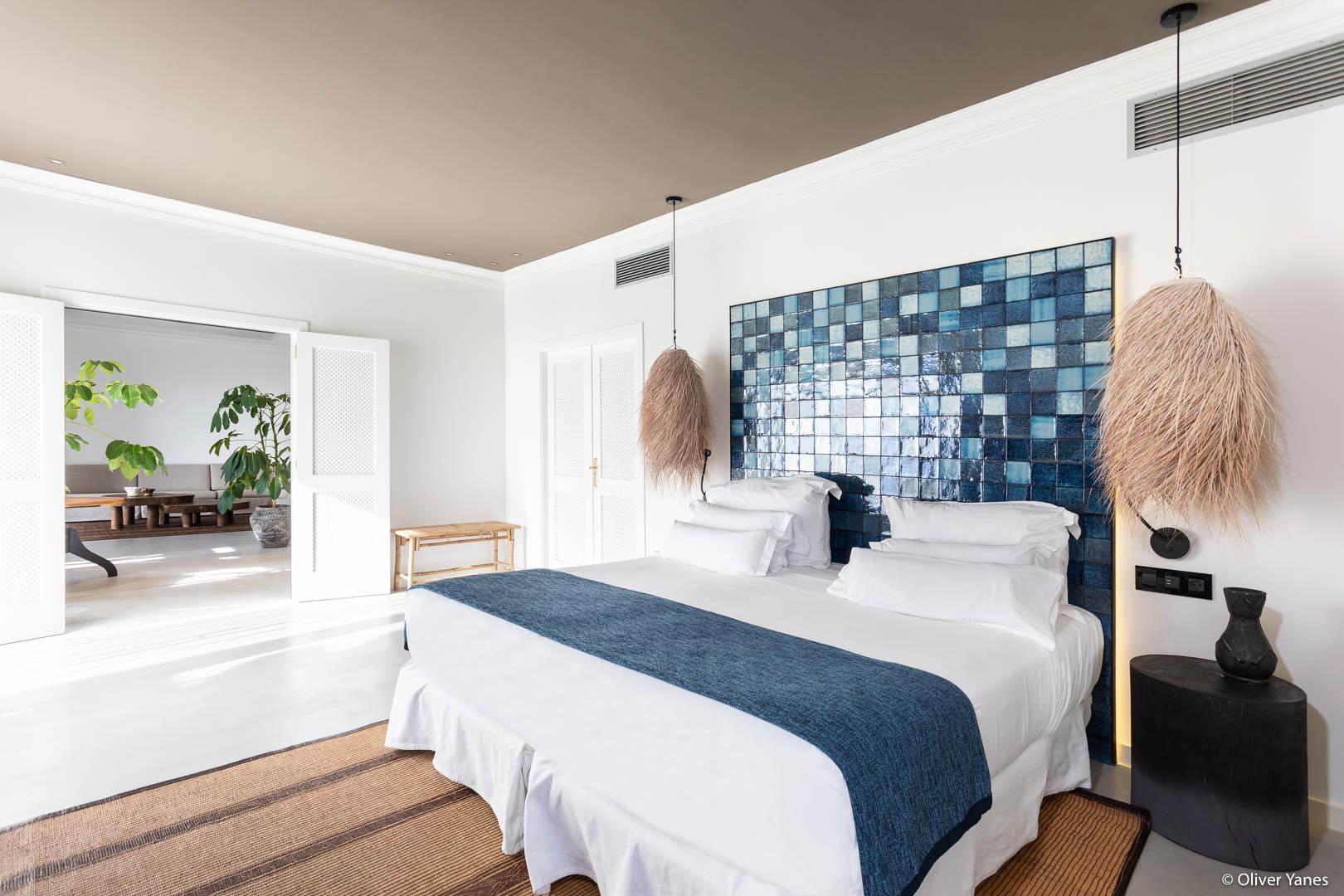 Dormitorio suite en Hotel Jardín Tropical